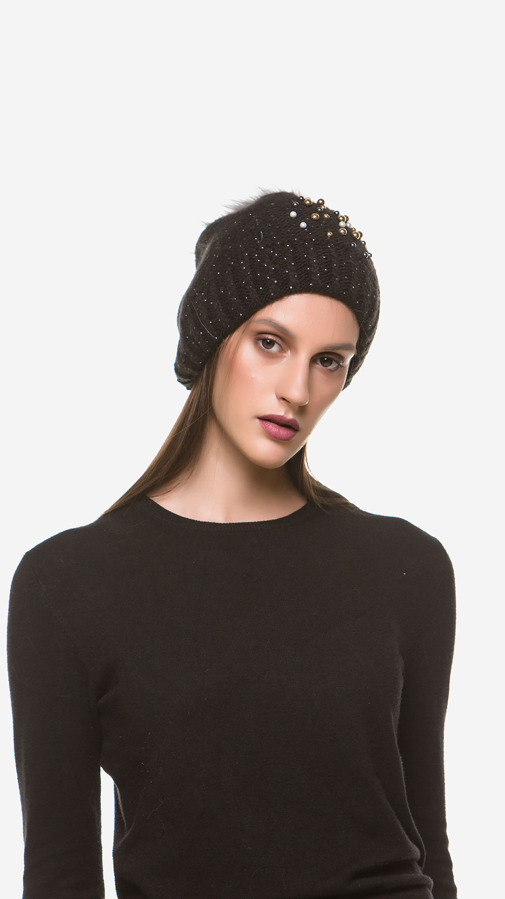 POM POM HAT - Muse Furs 16d0dba70d9